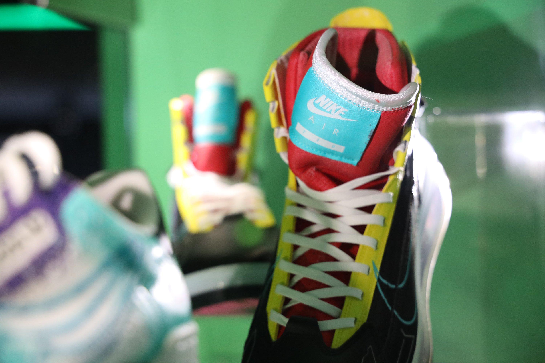 GC 2019:《赛博朋克2077》主题配色运动鞋 超酷只送不卖