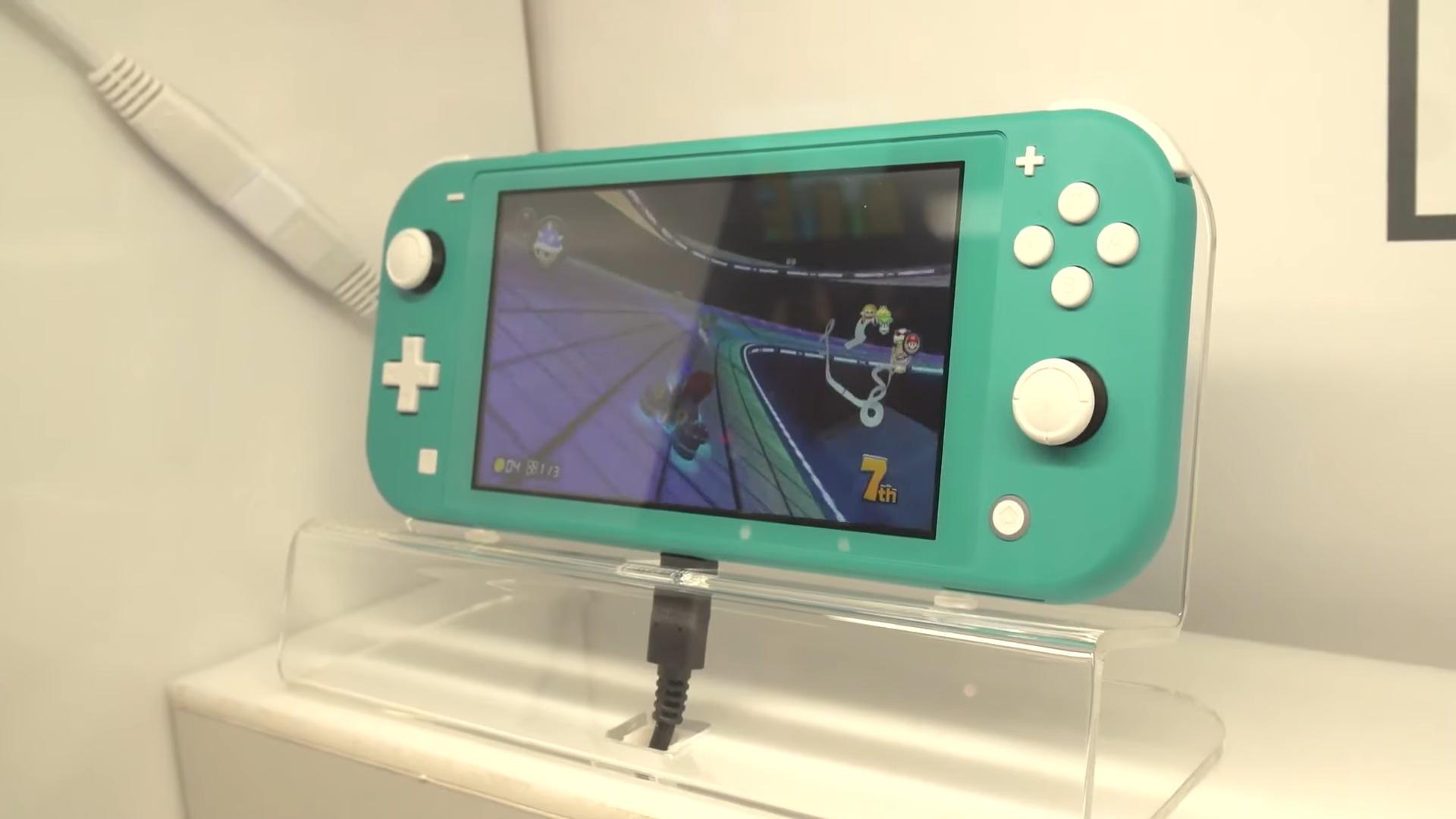 GC 2019:小巧又精致 IGN晒出Switch Lite科隆参展照片
