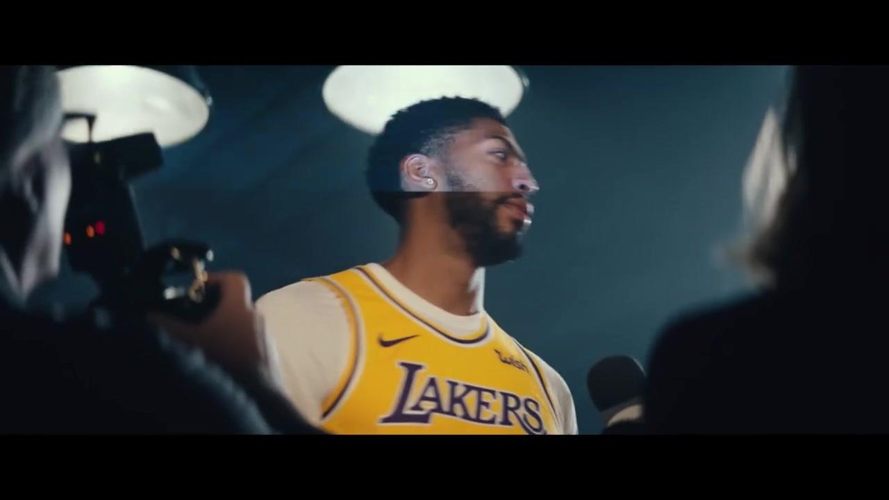 在客厅享受篮球 《NBA 2K20》真人实景预告片公布