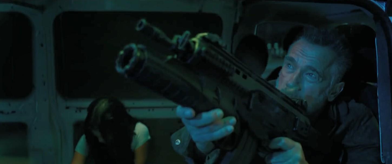 《终结者6:黑暗命运》新预告 康妈不老女战神