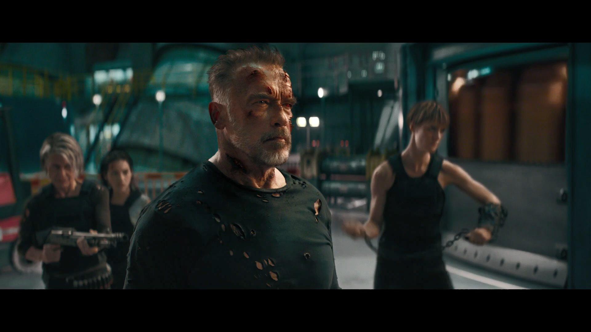 《終結者6:黑暗命運》人物特輯 州長康媽并肩作戰