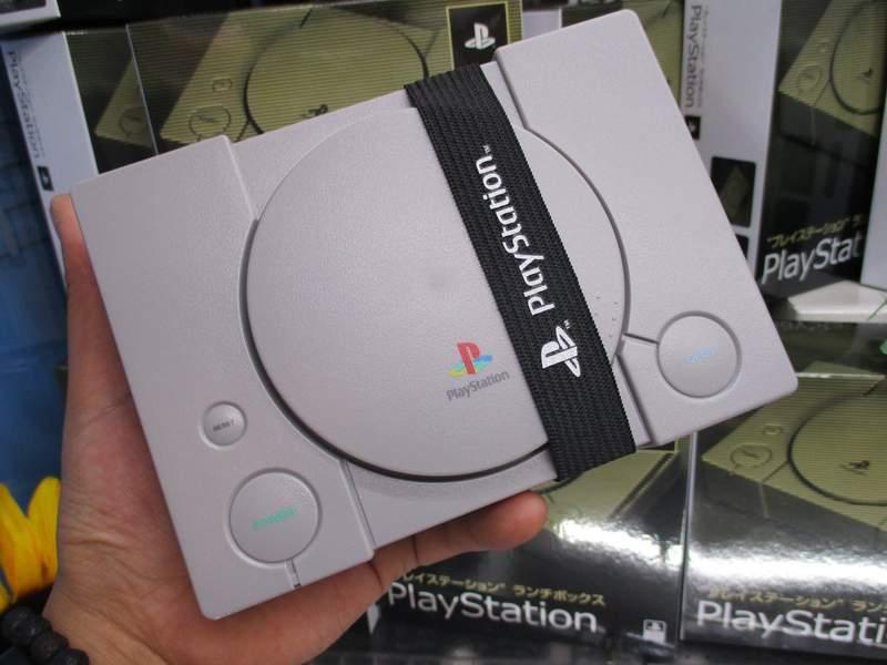这款初号机应该买得起 索尼授权PS主机造型便当盒