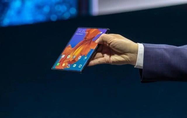 华为折叠屏手机10月23日发布 良品率面临考验
