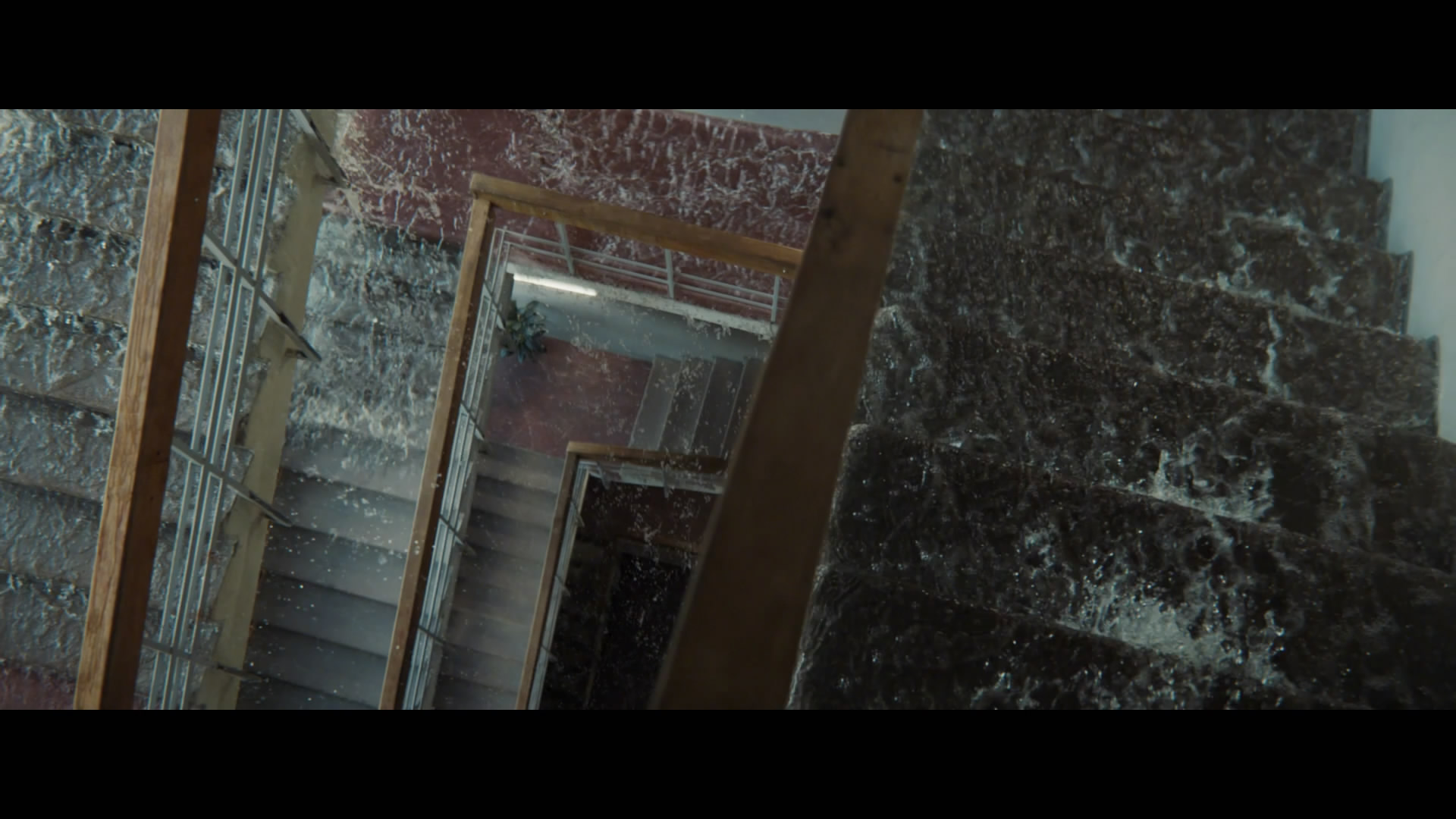 《死亡搁浅》真人电视广告 太感动眼泪成河淹没城市