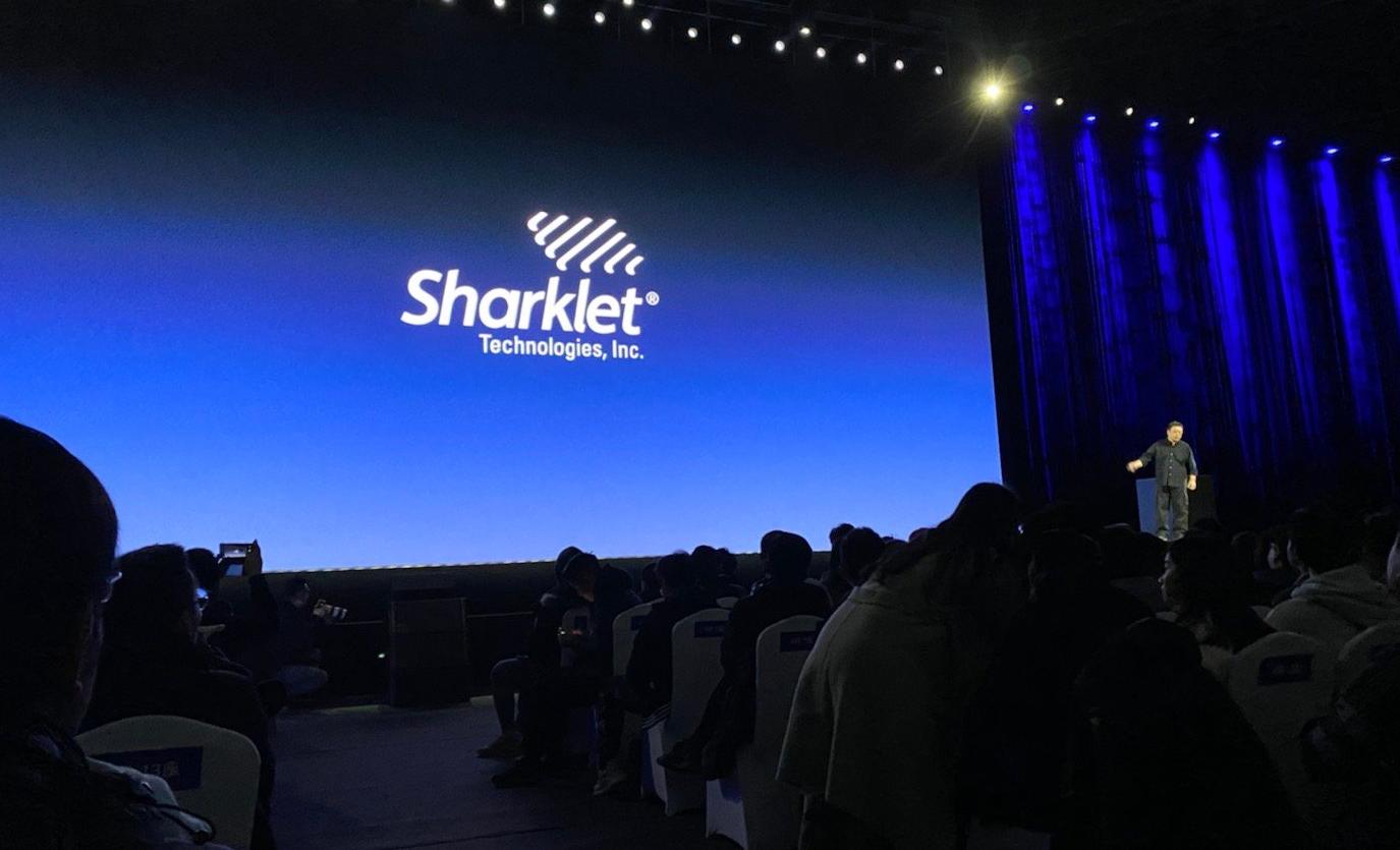 黑科技来了!罗永浩发布Sharkle鲨纹材料:能够抑菌