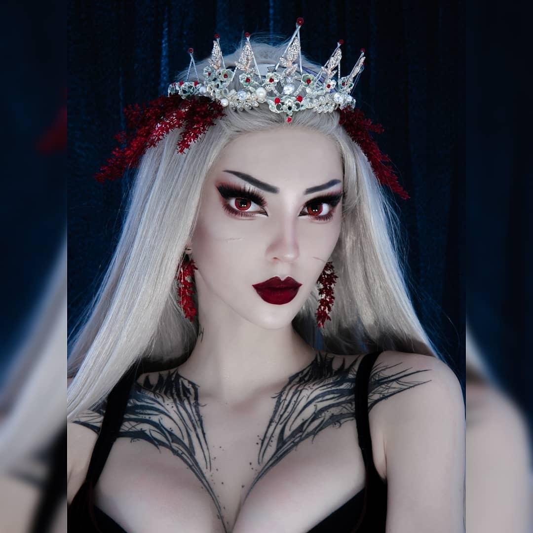俄罗斯妹子超诱惑Cos美图 是什么蒙蔽了我的双眼