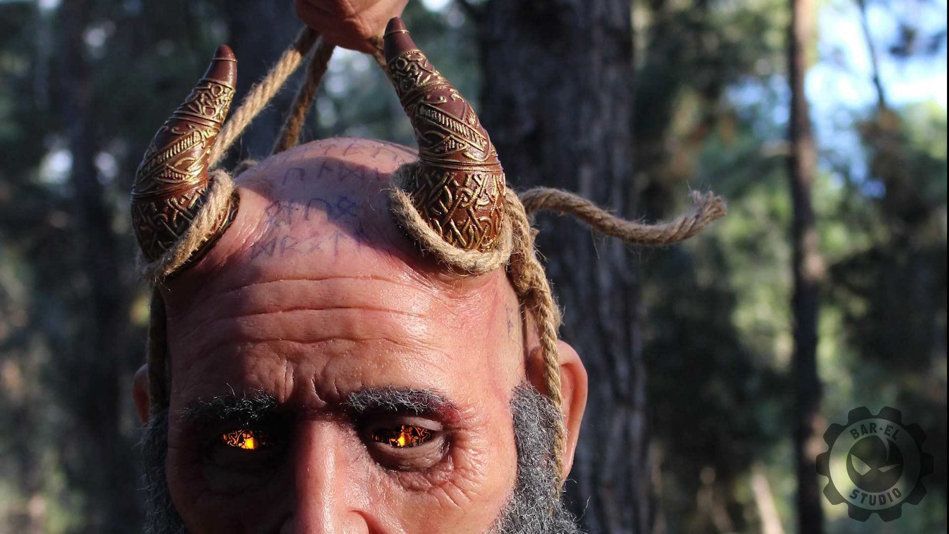 战神粉丝打造《战神4》密米尔的头颅模型 逼真还原