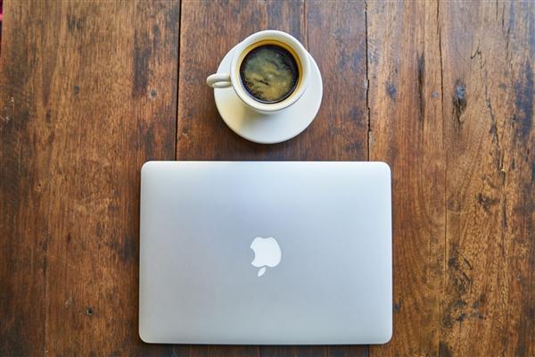 数据显示全球PC出货回暖 苹果Mac销量却意外下滑