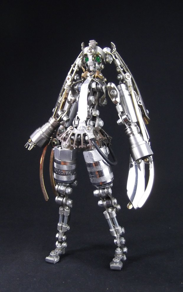 金属版初音异样俏丽。岛国金属外型艺术家新作品品冷艳引热议