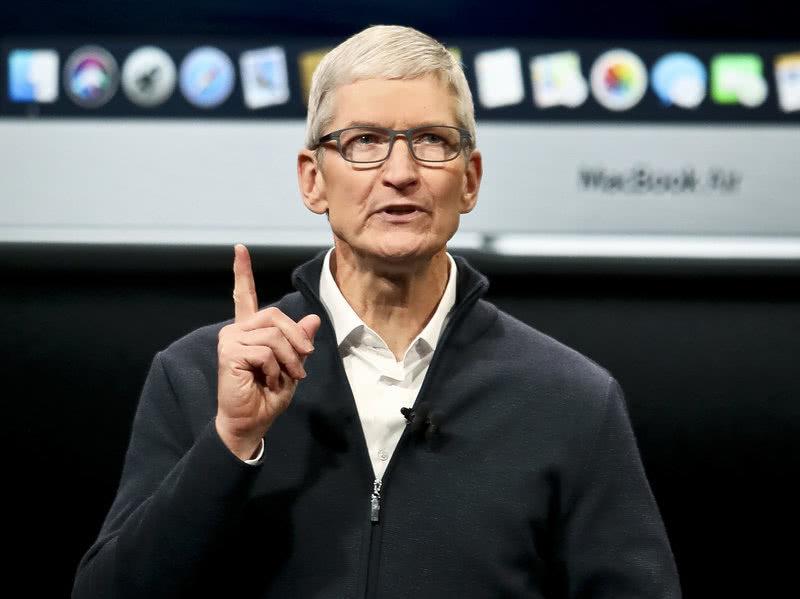 苹果CEO库克:祝大家新年快乐 感激医生和护士