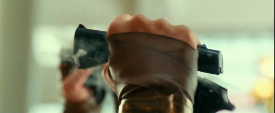 《神奇女侠2》3分钟超长预告 戴安娜徒手捏爆手枪