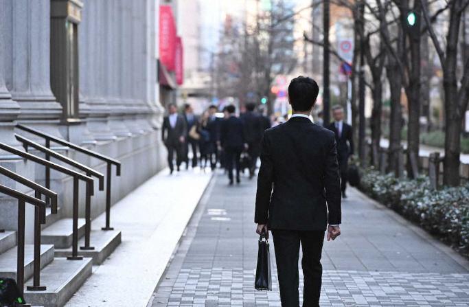 《半泽直树》第二季新预告片:堺雅人踏入新战场!