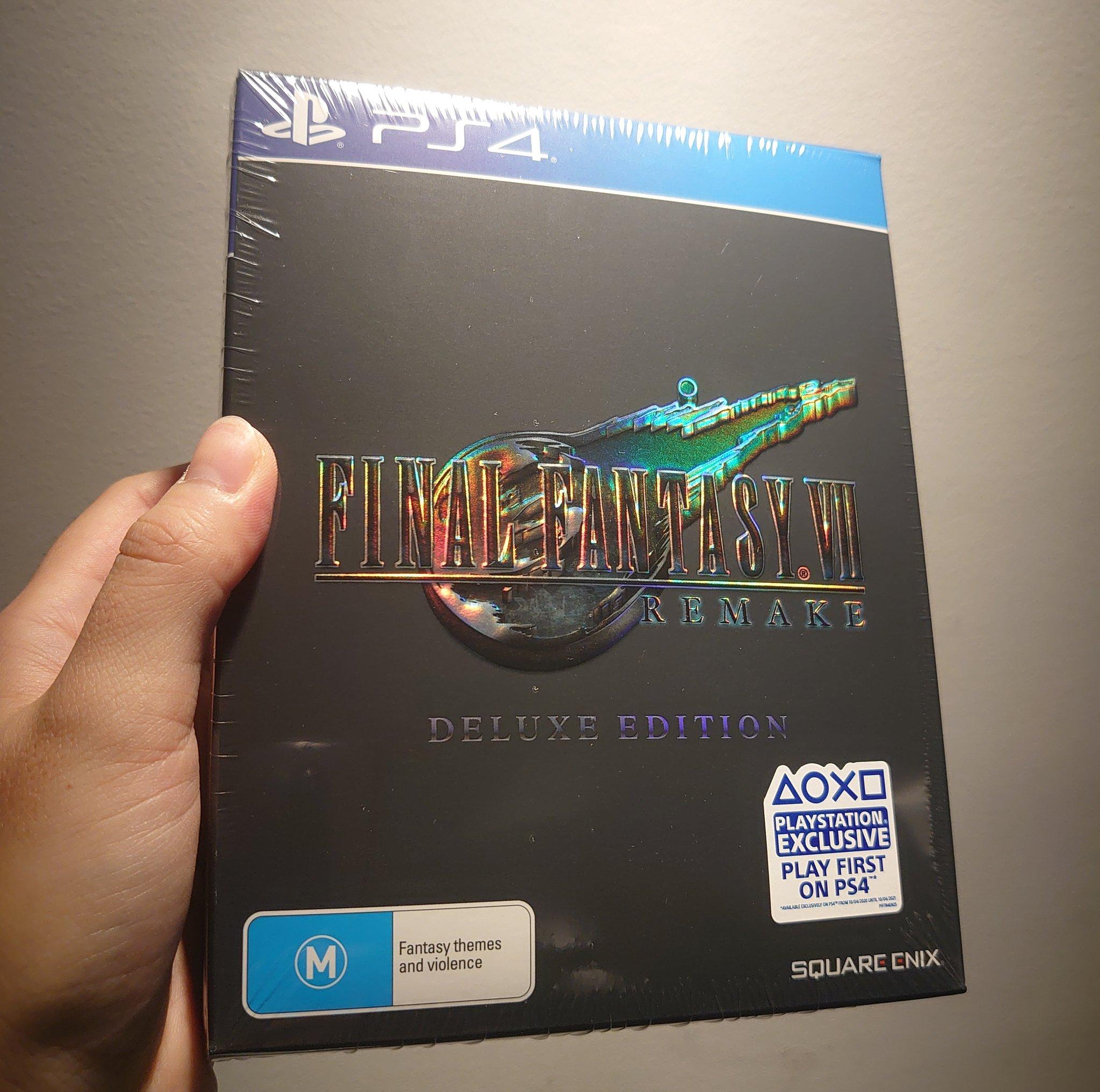 大量网友晒出《最终幻想7:Re》实体盘 游戏容量