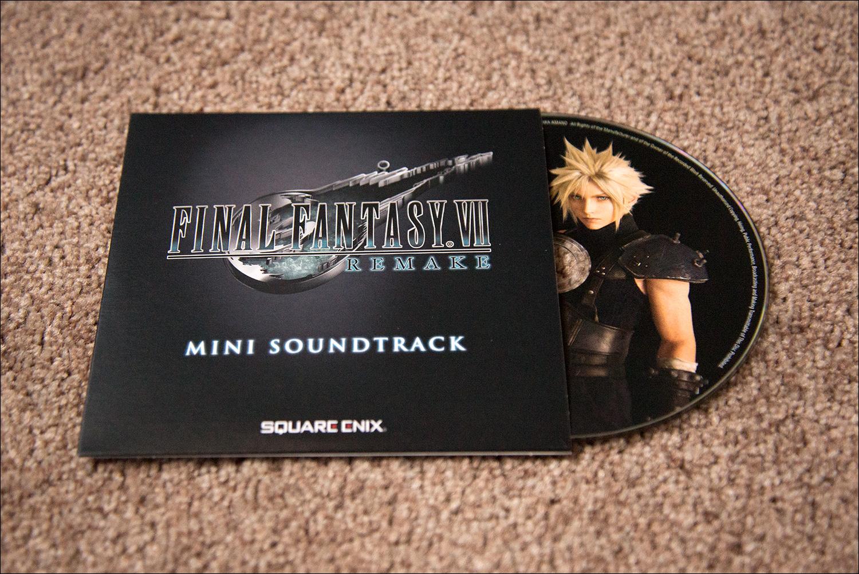 《最终幻想7:重制版》豪华实体版开箱图片赏
