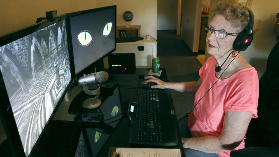 """不堪忍受键盘侠指点 """"天际老奶奶""""决定降低工作量"""
