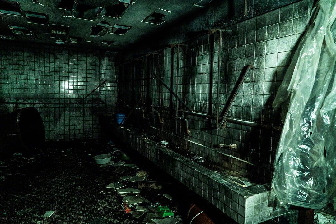 韩国恐怖片《昆池岩》将翻拍美版 作死青年夜探鬼院