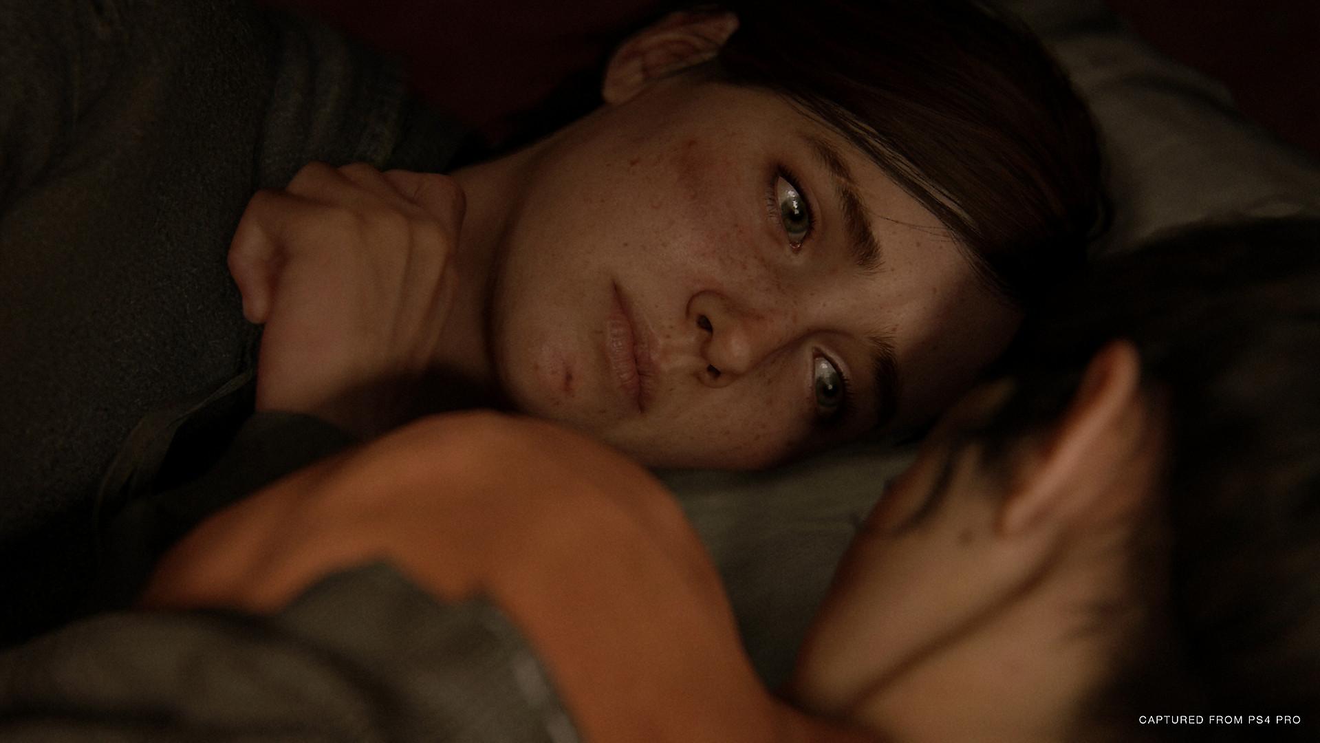 《最后的生还者2》广告宣传片 艾莉弹唱气氛忧伤