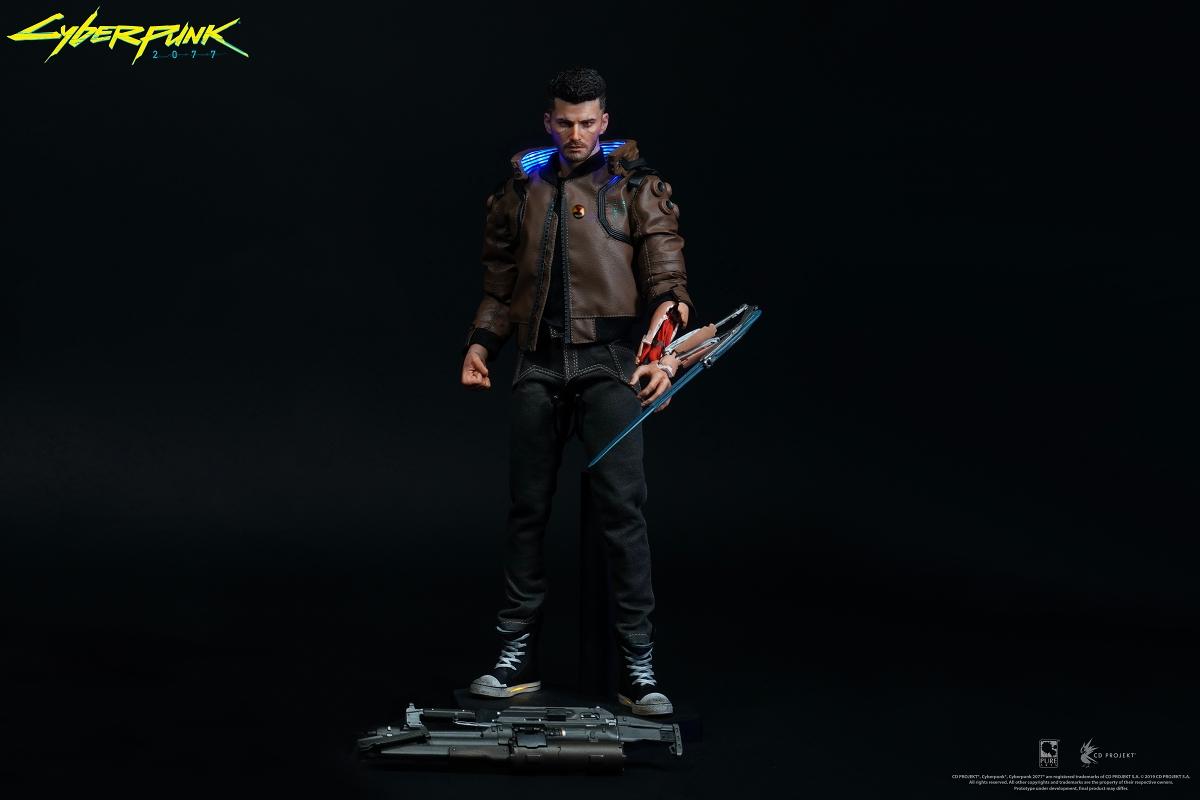 豆鱼雷推出《赛博朋克2077》全新写实手办 男女主角骑酷炫摩托