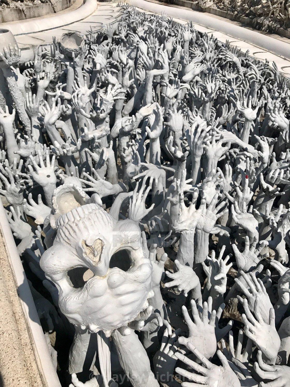 坂口博信公开新游《Fantasian》开辟明场图 诡异酷似泰国白庙