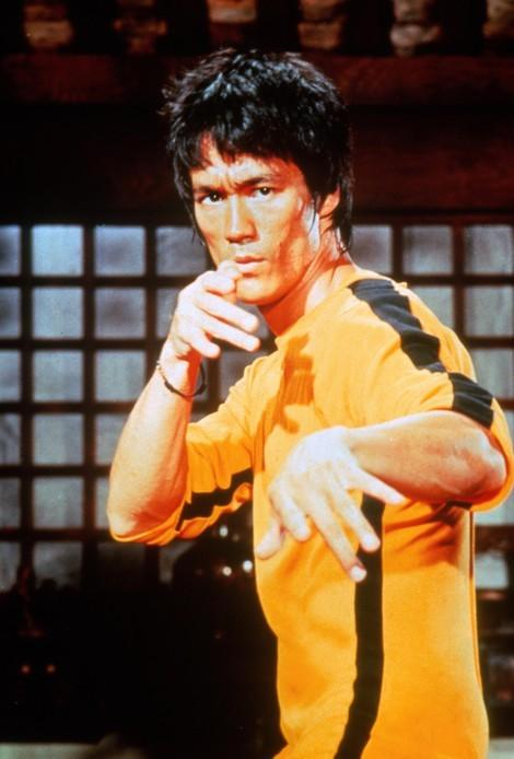 漫威高管放出《尚气》非官方造型概念图 灵感来自李小龙黄色战衣
