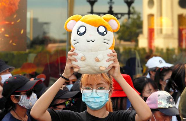 泰国爆发民众抗议 动画经典《哈姆太郎》主题歌重填词抨击政府