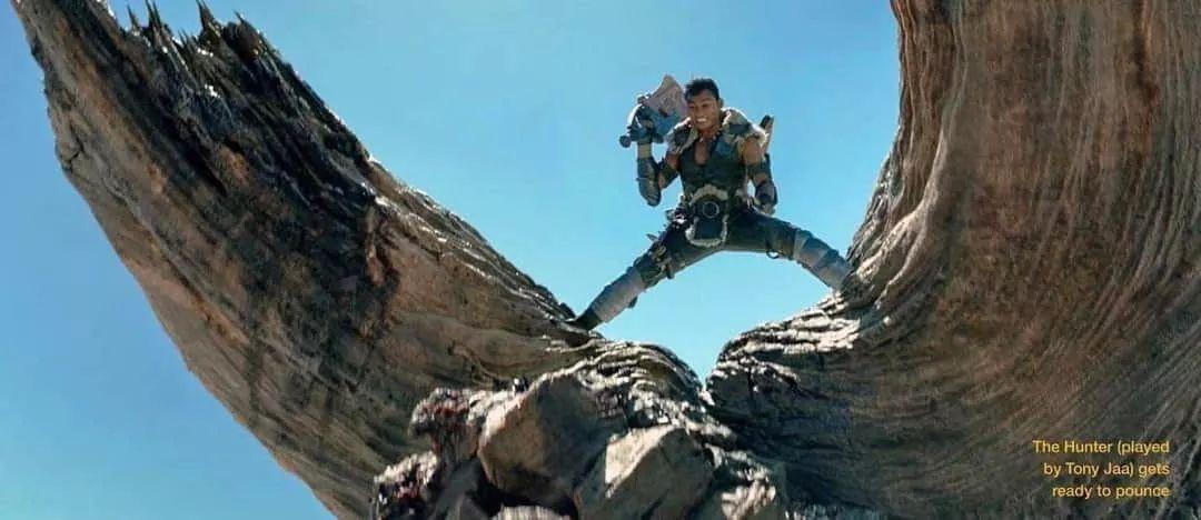 《怪物猎人》电影新剧照曝光 角龙双角惨被破坏