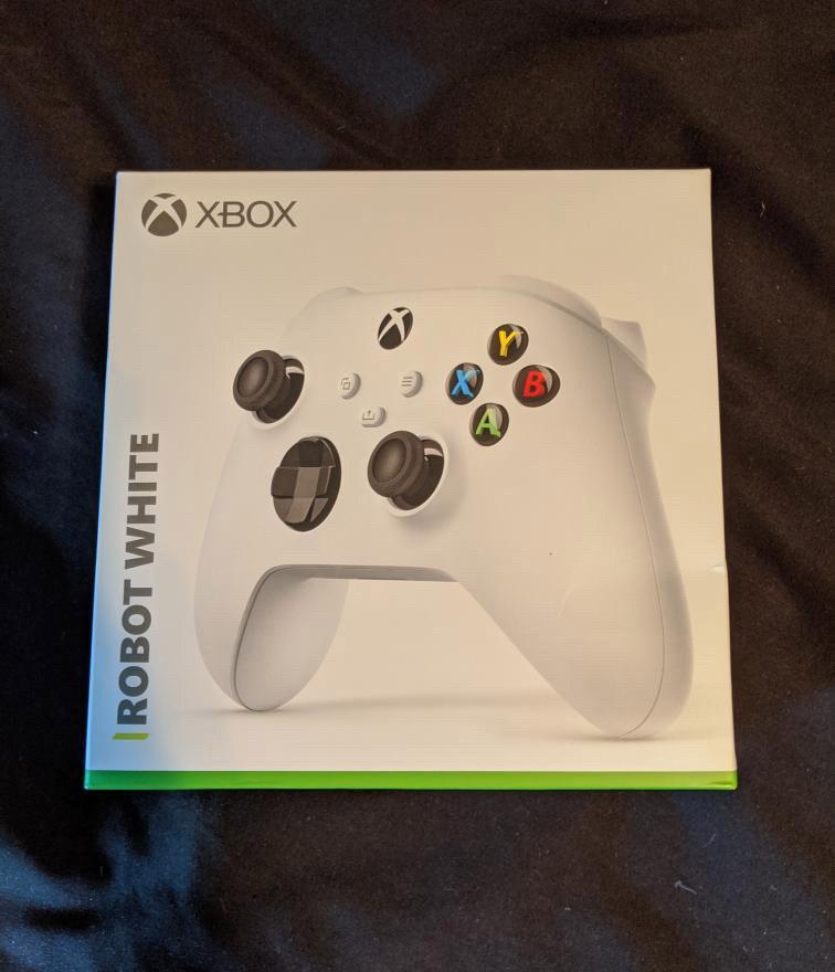 微软新主机Xbox Series S新证据流出:XSX手柄包装盒确认兼容