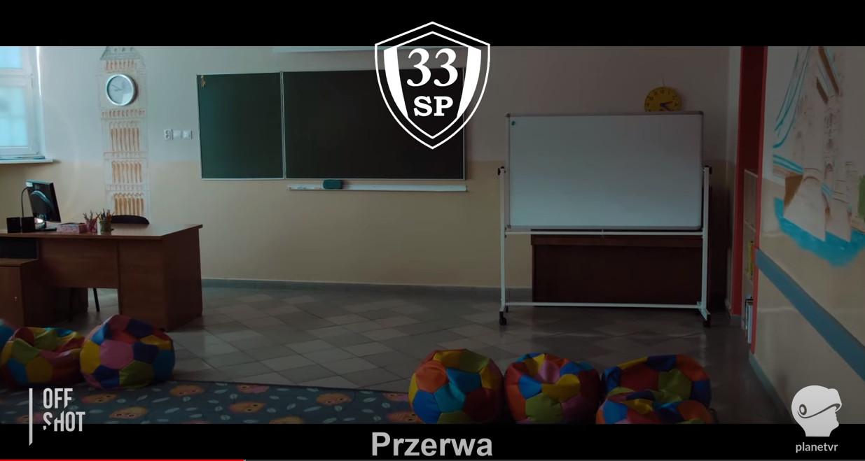 疫情期间 波兰一所高中使用《半条命:Alyx》教英语等科目
