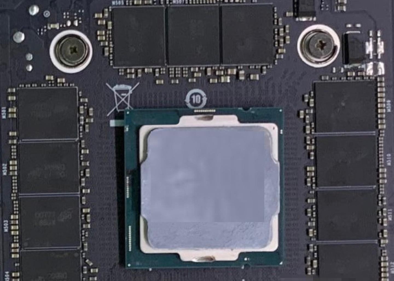 RTX3090 PCB板泄露:3x8pin供电 NVLink金手指变样