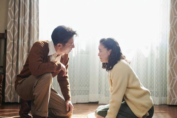 华人导演赵婷新作《无依之地》勇夺威尼斯最高金狮奖