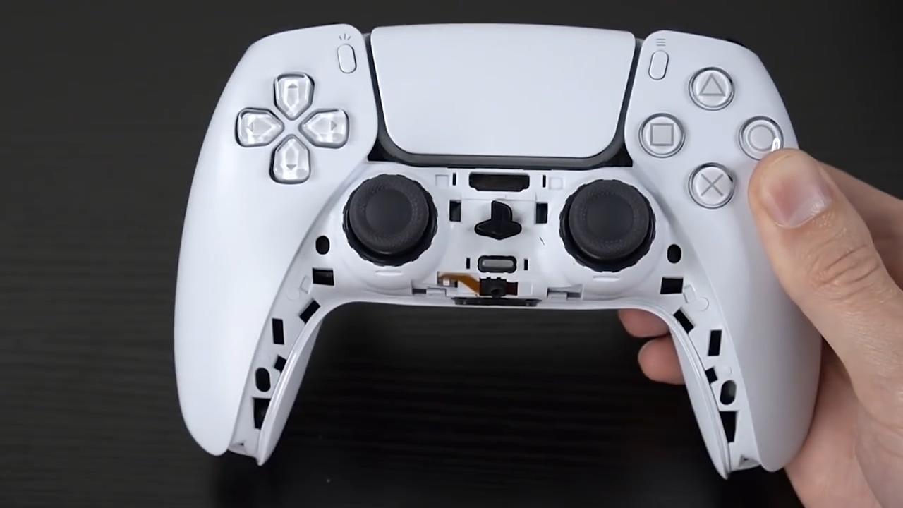 PS5手柄的黑色外壳也可以拆下来 或许可以更换