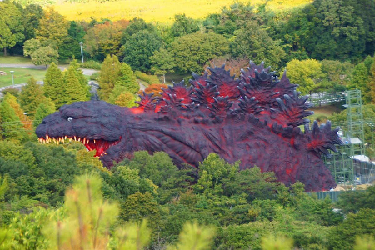 120米长实大哥斯拉主题外媒娱乐内部探险 惊险刺激