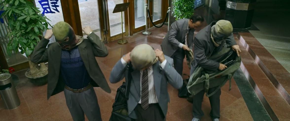 吴彦祖王千源违法片《除暴》新预告 两猛男裸体坚持