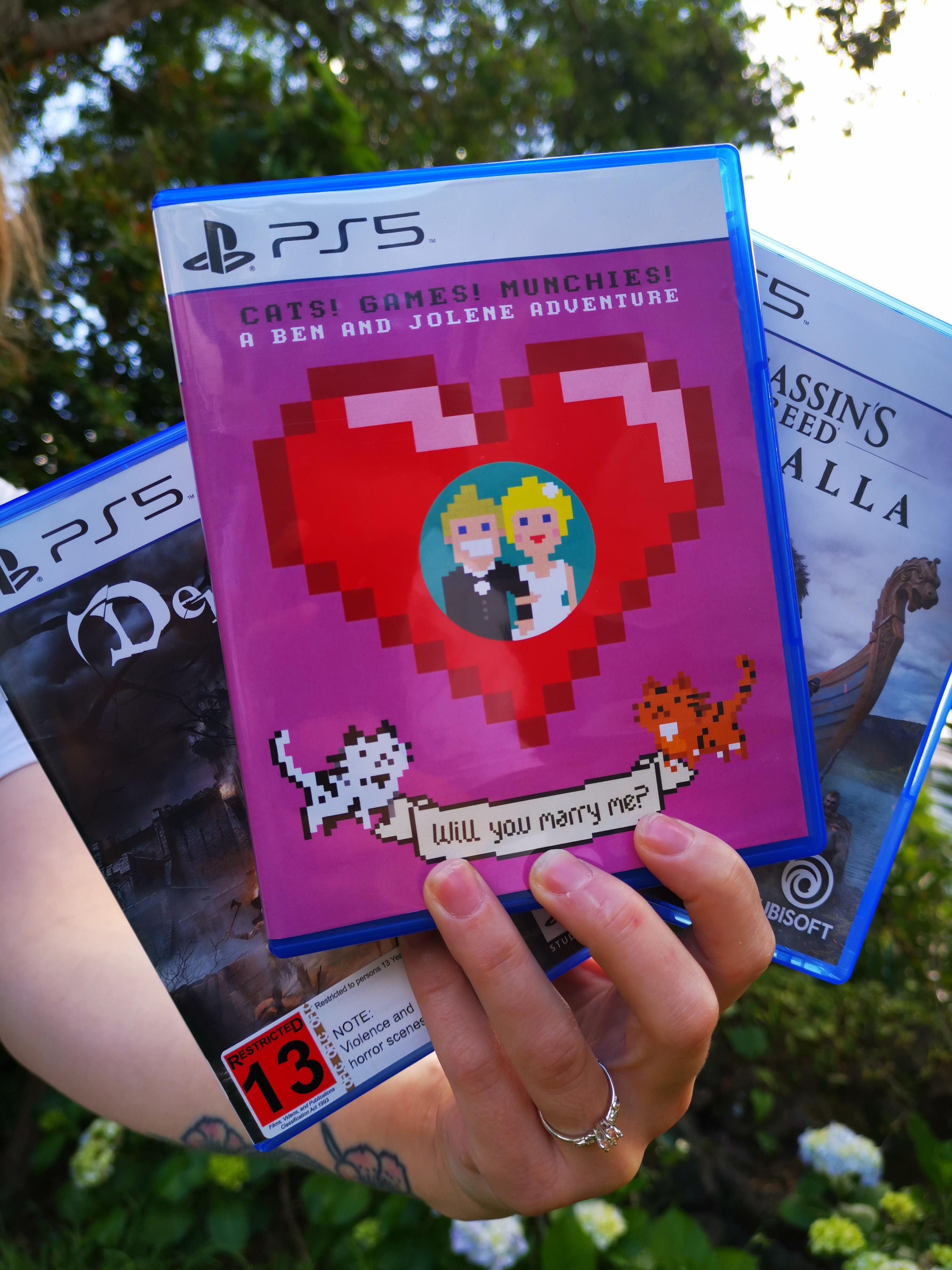 真让人头大!竟有老外选择用PS5进行求婚