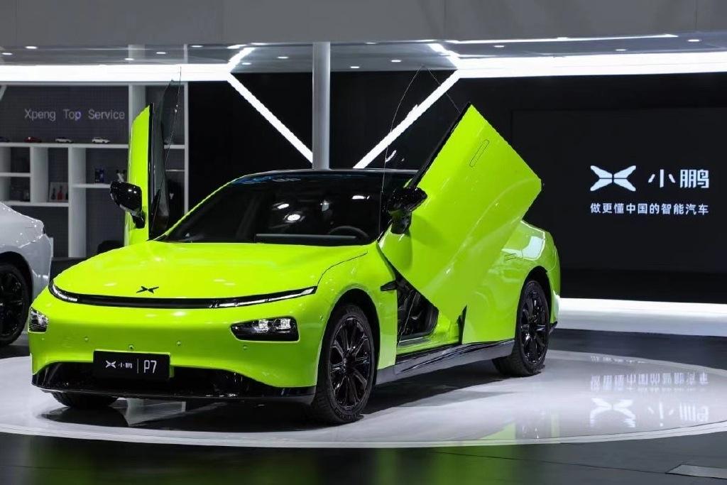 小鹏汽车CEO疑怼特斯拉:当心被我们打得找不着东