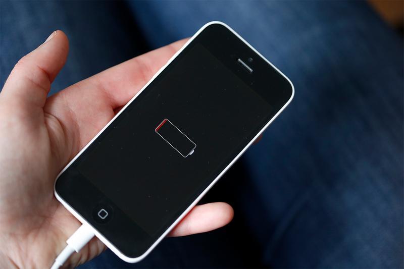 苹果又面临诉讼:降低iPhone性能 迫使用户升级设备