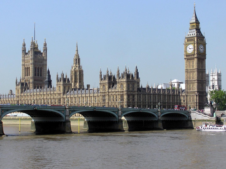 打击黄牛!英国议员呼吁立法阻止高价倒卖主机和电脑部件