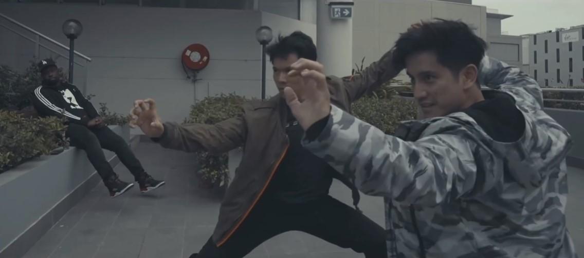 《尚气》主演刘思慕与好友对练展示自己武术功底