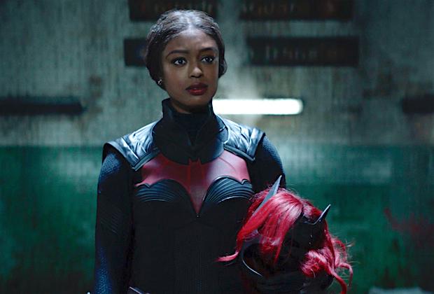 《蝙蝠女侠》第二季首播IGN 6分:新主演未来可期