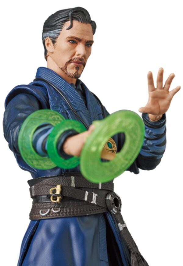 《复联3》奇异博士手办 售价12800日元 还能摆千手观音造型