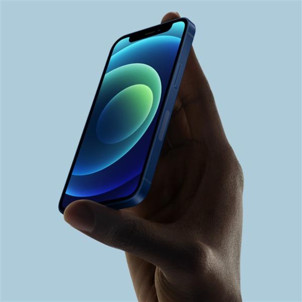 王自健分享iPhone 12 mini续航!一上午时间就快耗完了