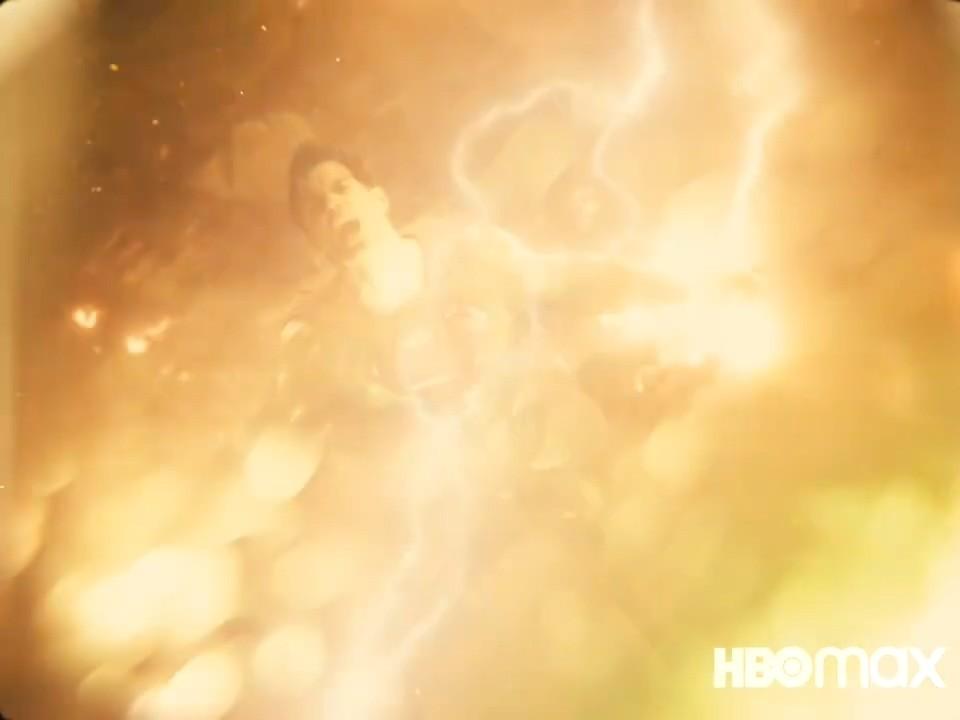 《正义联盟》导剪版全新预告 众英雄登场