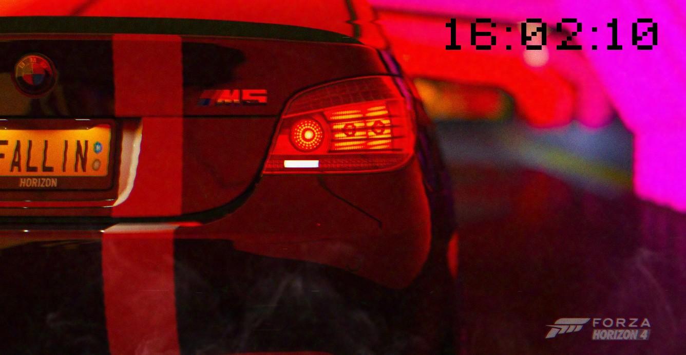 《Wallpaper Engine》极限竞速地平线4猩红车尾灯记时动态壁纸