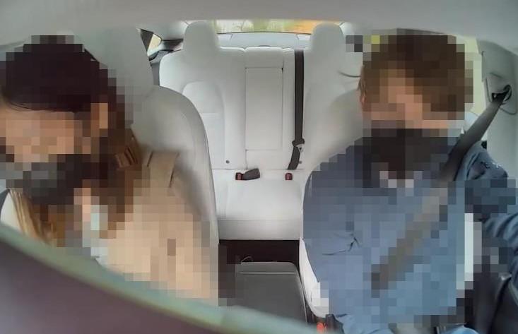 新华社评特斯拉车内摄像头 车内隐私不是想采就能采