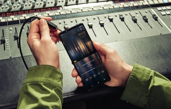 索尼Xperia 1 III发布:全球首款4K 120Hz骁龙888旗舰