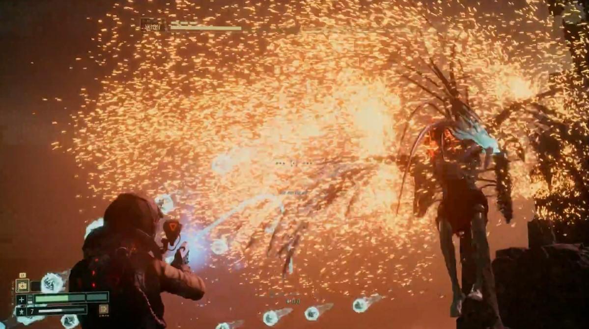 《死亡回归》BOSS战实机演示 大量弹幕攻击让人窒息