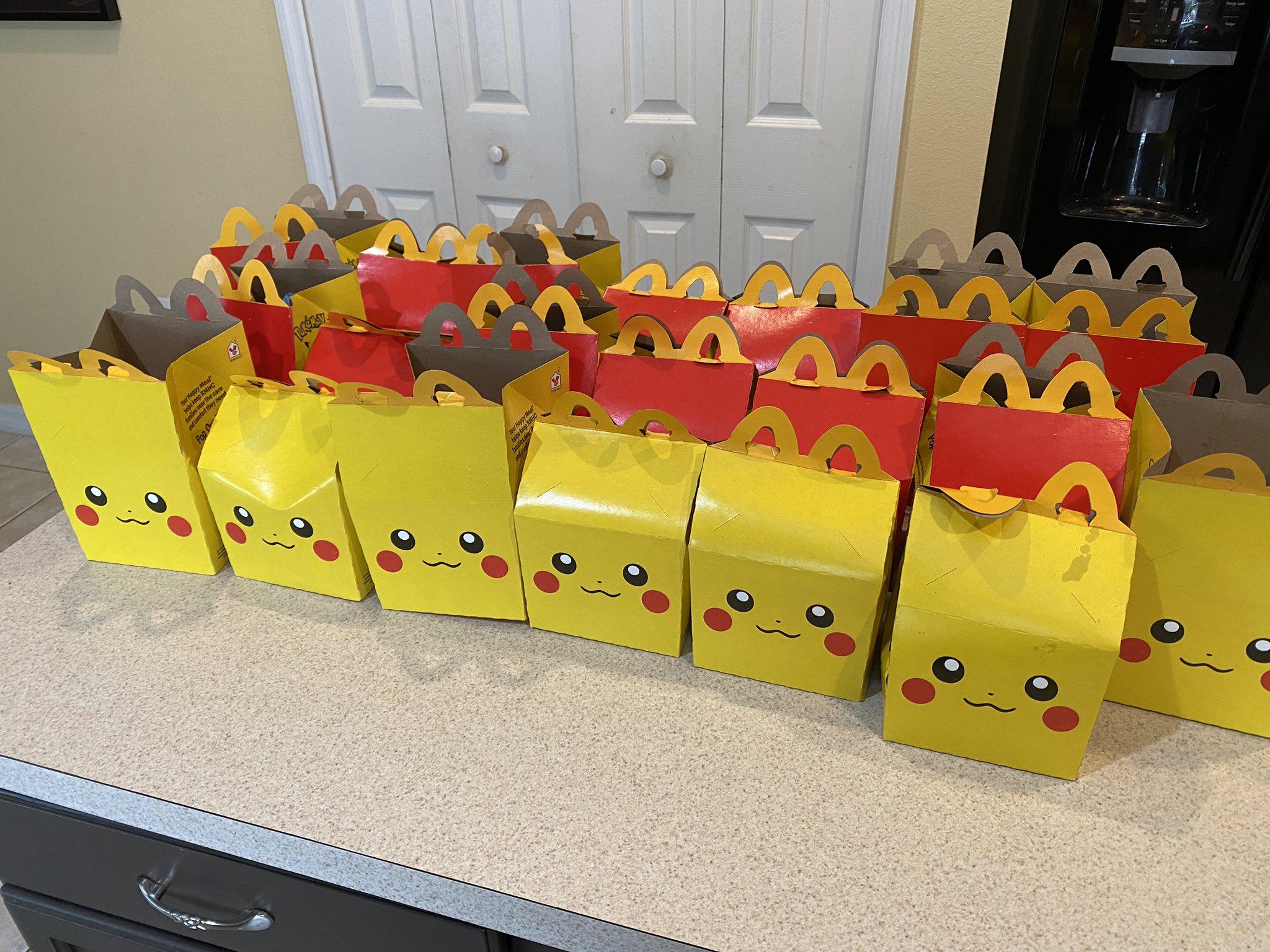 因美国二手宝可梦卡贩卖猖獗 英国麦当劳宝可梦欢乐套餐限售