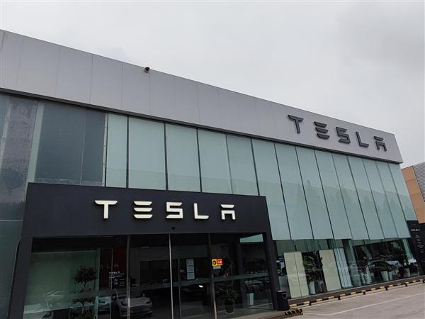 刹车钳有安全隐患!特斯拉中国宣布正式召回Model 3