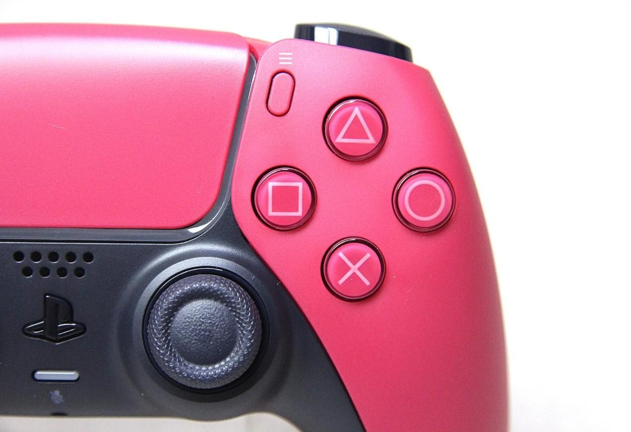 PS5新配色手柄午夜黑和星辰红实物照曝光 多一点色彩