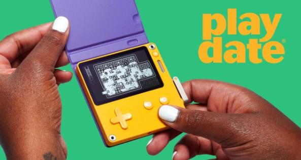 创意手摇把掌机Playdate最新演示 179美元7月发售